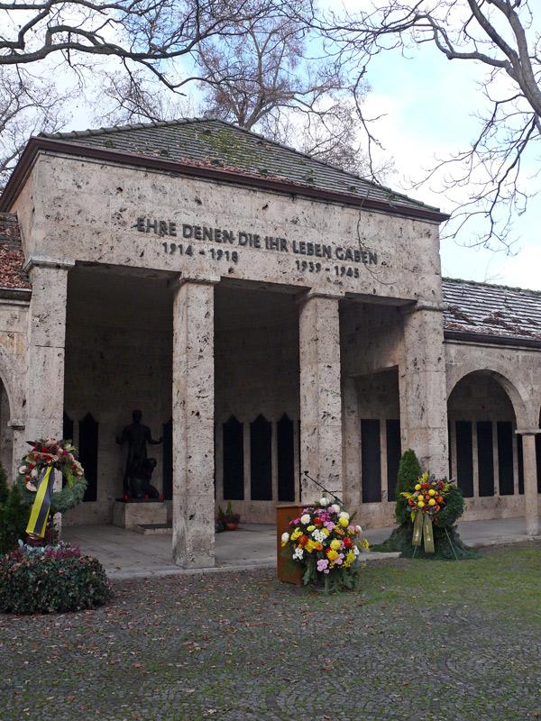 Friedhof Feuerbach Volkstrauertag