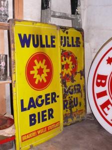 Emaile-Schilder einer anderen Sammlung