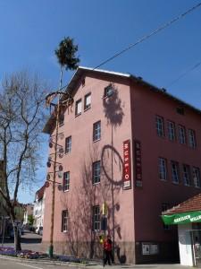 MUSE-O Café such Pächter