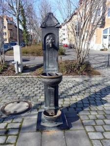 Brunnen in der Rotenbergstraße