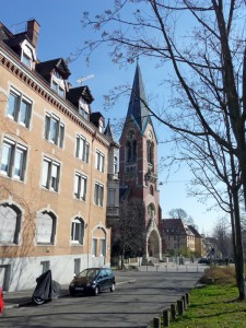 Rotenbergstraße und Lukaskirche