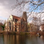 Feuersee mit Johannes-Kirche