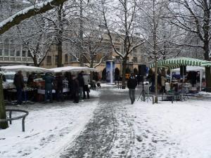 Flohmarkt am Karlsplatz