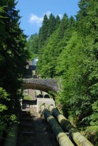 Rohre von der Schwarzenbachtalsperr abwärts