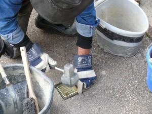 Verlegung eines Stolpersteins