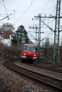 Statt nur S-Bahnen fahren nun auch Güterzüge auf der Gäubahn