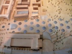 Modell-der-neuen-Bahnhofs