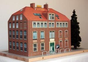 Modell Altes Schulhaus, gebastelt von Herrn G. Schlecht