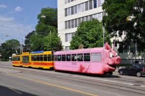 Säuli-Tram-Haltestelle-Ciba Cop. Wagner