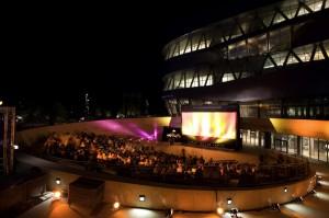 6. Open Air Kino am Mercedes-Benz Museum