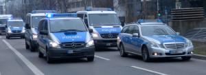 Polizei-Konvoi