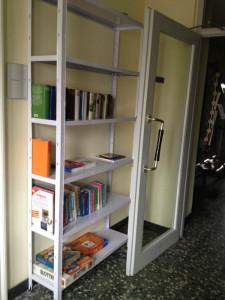 Offenes-Bücherregal